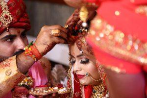 מנהגי עדות למה הצרפתים מקיימים את החינה בחתונה - עידן בן אור