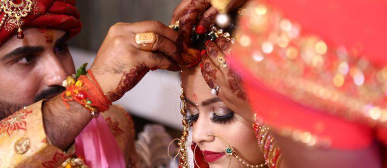 מנהגי עדות: למה הצרפתים מקיימים את החינה בחתונה?